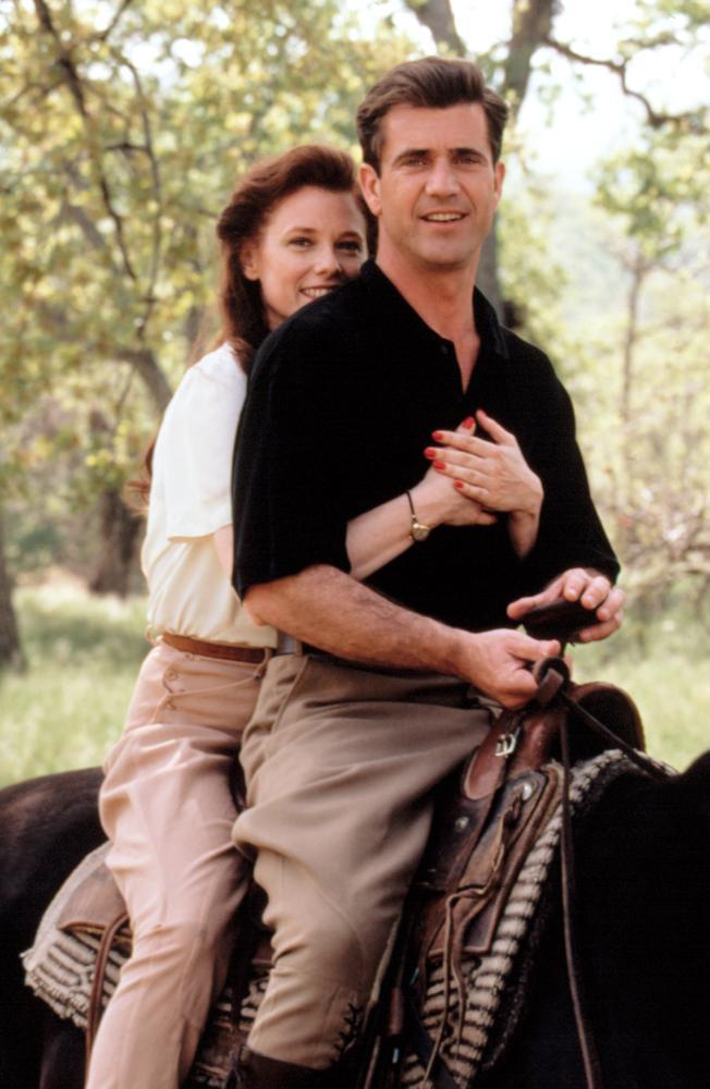 FOREVER YOUNG, Isabel Glasser, Mel Gibson, 1992, (c)Warner Bros.
