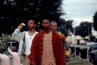 DON'T BE A MENACE TO SOUTH CENTRAL WHILE DRINKING YOUR JUICE IN THE HOOD, Marlon Wayans, Shawn Wayans, Chris Spencer, 1996, (c)Miramax Films