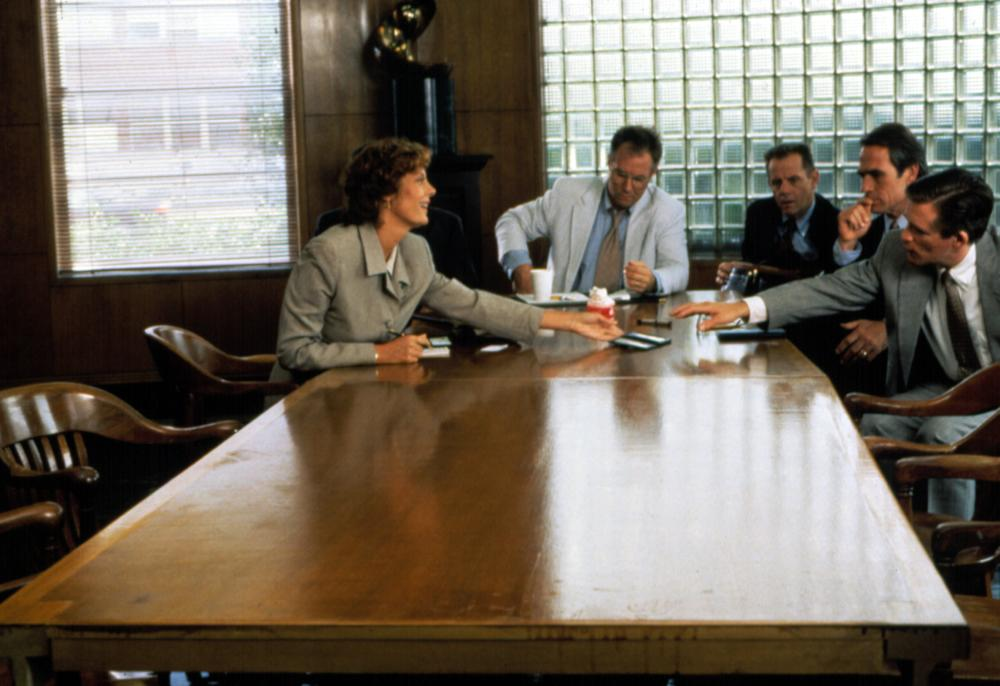 THE CLIENT, Susan Sarandon, J.T. Walsh, William Sanderson, Tommy Lee Jones, 1994, (c) Warner Brothers