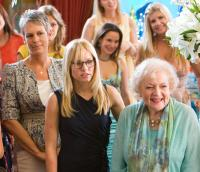 YOU AGAIN, from left: Jamie Lee Curtis, Kristen Bell, Betty White, 2010. ©Touchstone Pictures