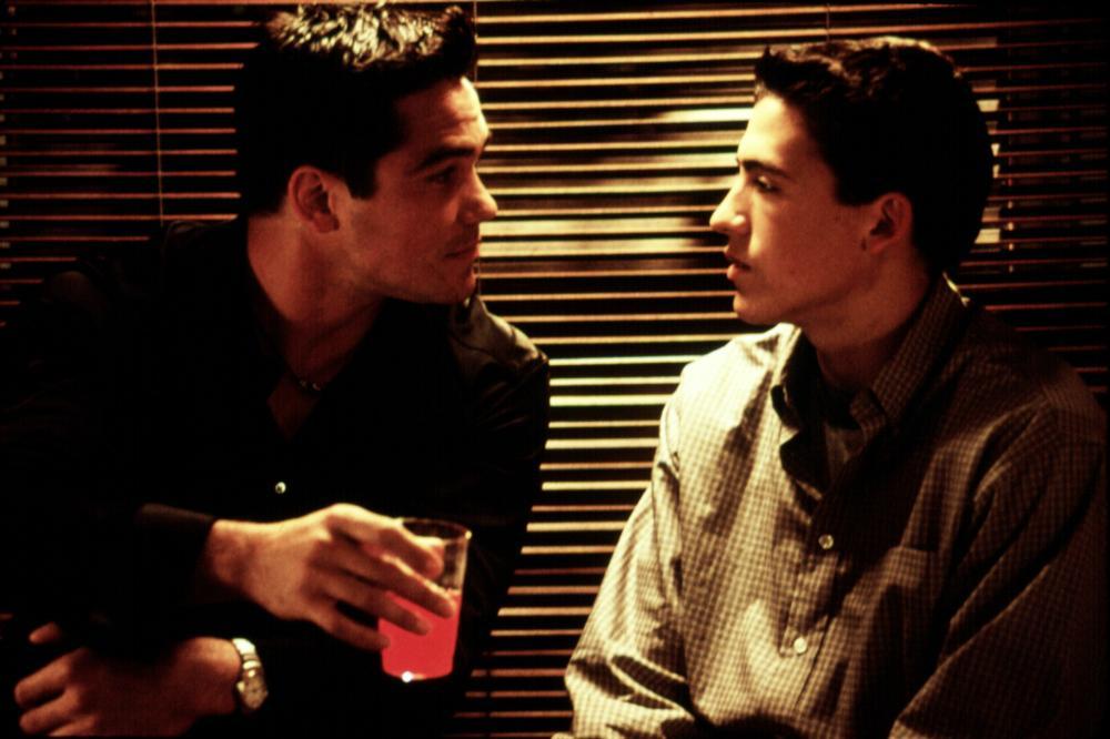 BROKEN HEARTS CLUB, Dean Cain, Andrew Keegan, 2000