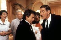 ARTHUR 2: ON THE ROCKS, Dudley Moore, Liza Minnelli, Paul Benedict, 1988, (c)Warner Bros