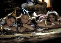 CAROLINA, Mika Boorem, Julia Stiles, Azura Skye, 2003, (c) Miramax