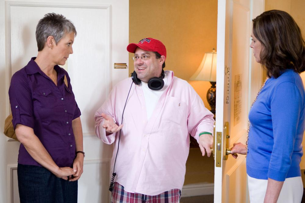 YOU AGAIN, from left: Jamie Lee Curtis, director  Andy Fickman, Sigourney Weaver, on set, 2010. ph: Mark Fellman/©Touchstone Pictures