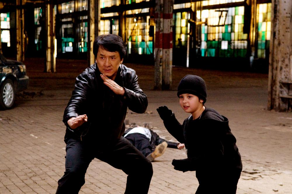 THE SPY NEXT DOOR, from left: Jackie Chan, Will Shadley, 2010. ph: Colleen Hayes/©Lionsgate