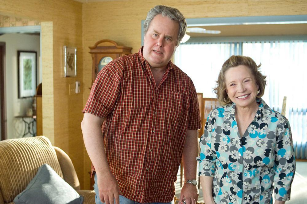 SHE'S OUT OF MY LEAGUE, from left: Adam LeFevre, Debra Jo Rupp, 2010. ph: Darren Michaels/©DreamWorks SKG