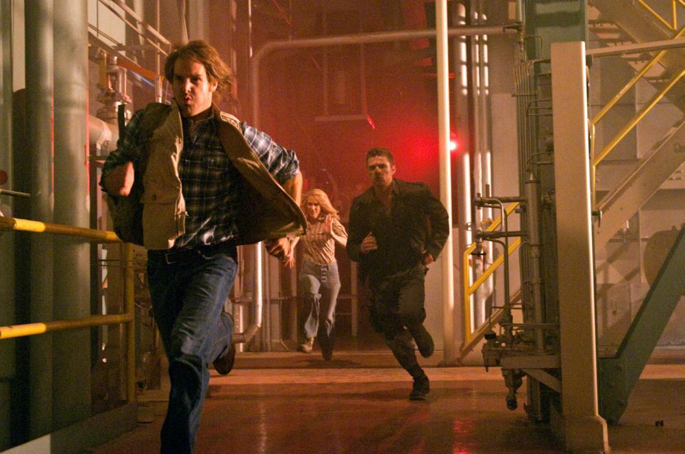 MACGRUBER, from left: Will Forte, Kristen Wiig, Ryan Phillippe, 2010. Ph: Greg Peters/©Universal