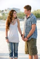 THE LAST SONG, from left: Miley Cyrus, Liam Hemsworth, 2010. ph: Sam Emerson/©Walt Disney Studios Motion Pictures
