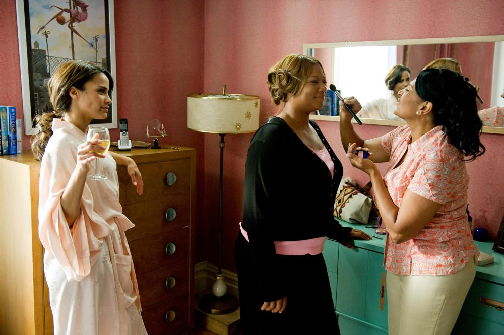 JUST WRIGHT, from left: Paula Patton, Queen Latifah, Pam Grier, 2010. Ph: David Lee/©Fox Searchlight