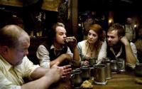 I SELL THE DEAD, Larry Fessenden (second from left), Brenda Cooney (second from right), Dominic Monaghan (right), 2008. ph: Lee Nussbaum/©IFC Films