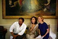 I AM LOVE, (aka IO SONO L'AMORE), from left: director Luca Guadagnino, Marisa Berenson, Tilda Swinton, on set, 2009. ©Magnolia Pictures