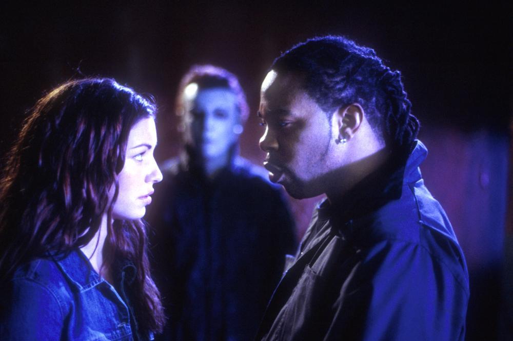 halloweenresurrection bianca kajlich busta rhymes 2002 c miramax - Bianca Kajlich Halloween