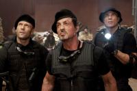 THE EXPENDABLES, from left: Jason Statham, Sylvester Stallone, Randy Couture, 2010. ©Lionsgate