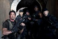 THE EXPENDABLES, from left: Sylvester Stallone, Jet Li, Randy Couture, Terry Crews, Jason Statham, 2010. ph: Karen Ballard/©Lionsgate