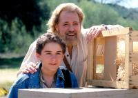 ESCAPE TO GRIZZLY MOUNTAIN, Miko Hughes, Dan Haggerty, 2000, ©MGM