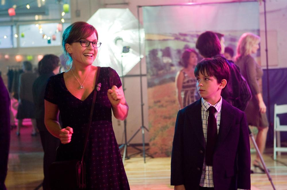 DIARY OF A WIMPY KID, from left: Rachael Harris, Zachary Gordon, 2010, ph: Rob McEwan/TM & Copyright ©20th Century Fox Film Corp. All rights reserved.