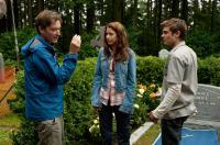 CHARLIE ST. CLOUD, l-r: director Burr Steers, Amanda Crew, Zac Efron on set, 2010, ph: Diyah Pera/©Universal Pictures