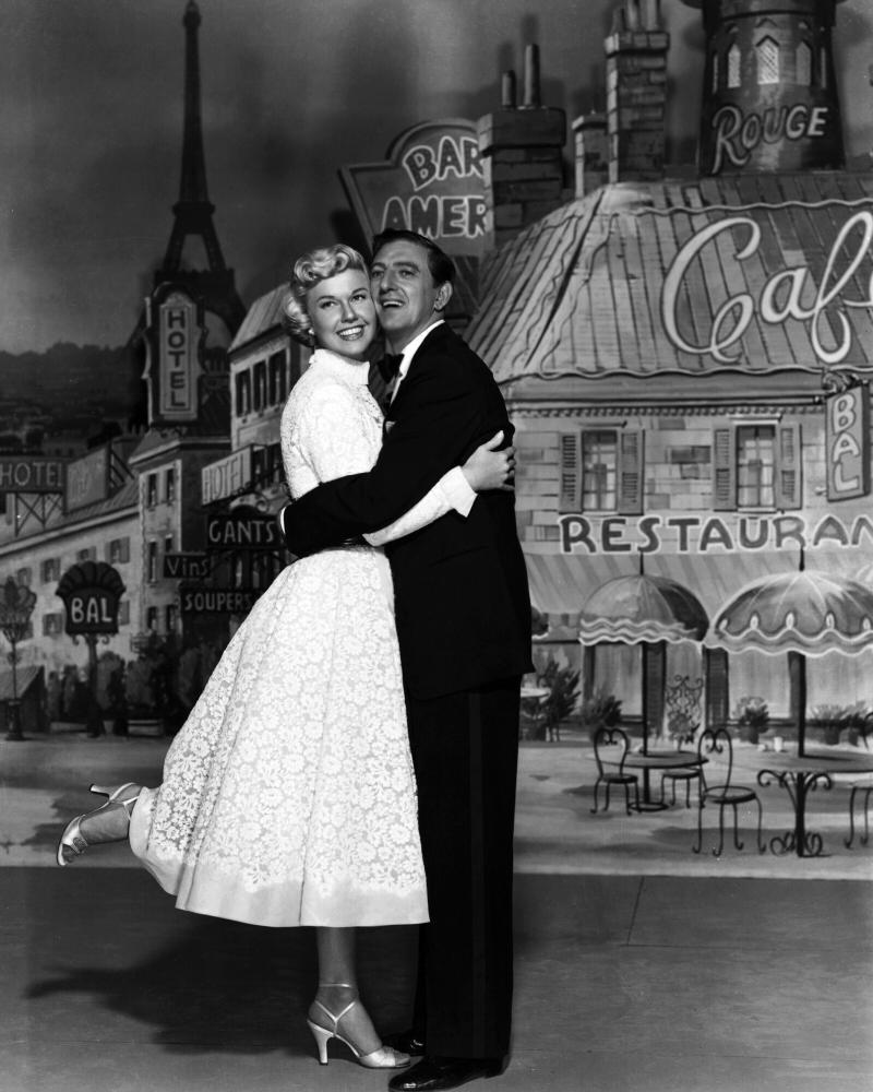 APRIL IN PARIS, Doris Day, Ray Bolger, 1952