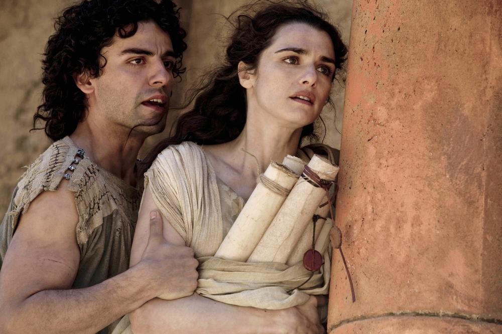 AGORA, from left: Oscar Isaac, Rachel Weisz, 2009. Ph: Teresa Isasi/©Newmarket Films