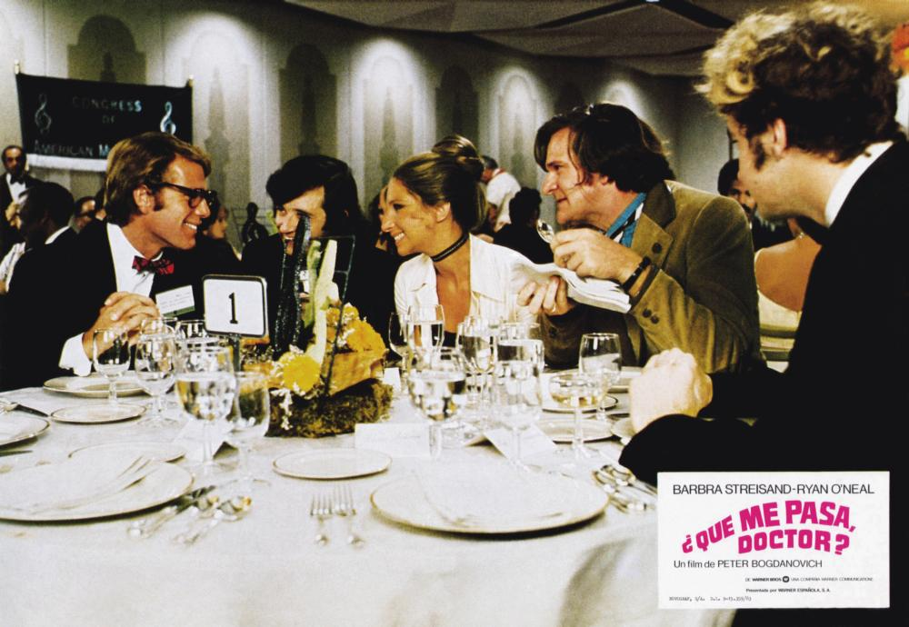 WHAT'S UP, DOC?, (aka QUE ME PASA, DOCTOR?0, from left: Ryan O'Neal, Austin Pendleton, Barbra Streisand, Kenneth Mars, Randy Quaid, 1972