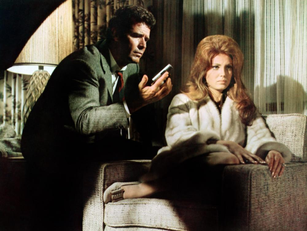 MARLOWE, from left: James Garner, Gayle Hunnicutt, 1969