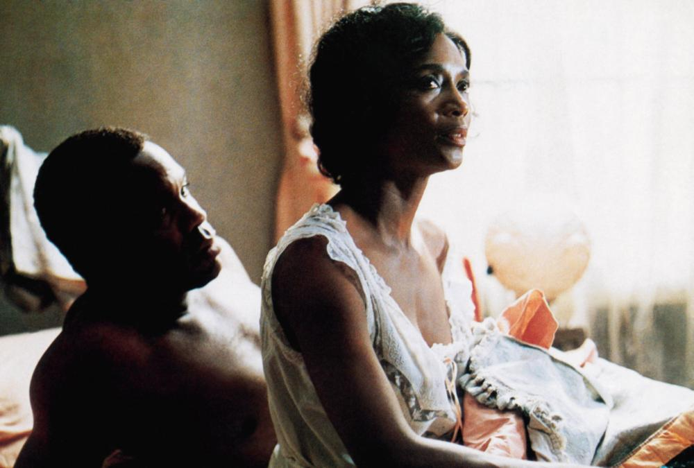 THE COLOR PURPLE, from left, Danny Glover, Margaret Avery, 1985, ©Warner Bros