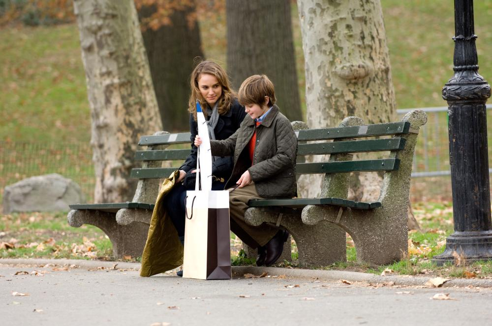 THE OTHER WOMAN, from left: Natalie Portman, Charlie Tahan, 2009. ph: Barry Wetcher/©IFC Films