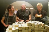 FLYPAPER, from left: Tim Blake Nelson, Pruitt Taylor Vince, Matt Ryan, 2011. ©IFC Films