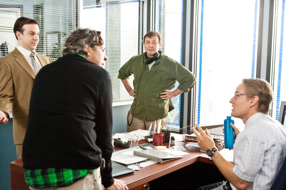 HALL PASS, from left: Jason Sudeikis, writer, producer and director Peter Farrelly, writer, producer and director Bobby Farrelly, Owen Wilson, on set, 2011. ph: Peter Iovino/©Warner Bros.