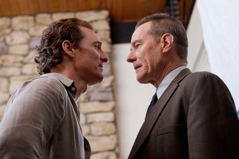 THE LINCOLN LAWYER, from left: Matthew McConaughey, Bryan Cranston, 2011. Ph: Saeed Adyani/©Lionsgate