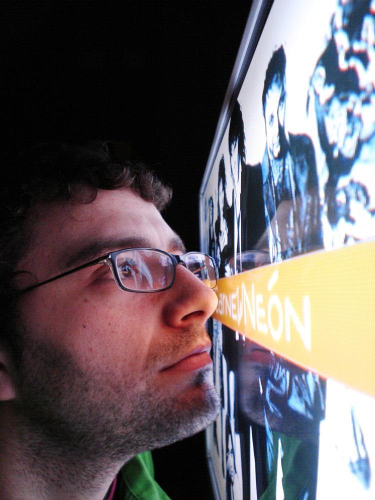 NEON FLESH, (aka CARNE DE NEON), director Paco Cabezas, 2010.