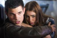 ABDUCTION, l-r: Taylor Lautner, Lily Collins, 2011, ph: Bruce Talamon/©Lionsgate