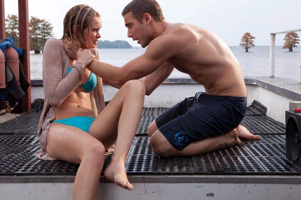 SHARK NIGHT 3D, from left: Sara Paxton, Dustin Milligan, 2011.  ph: Steve Dietl/©Relativity Media