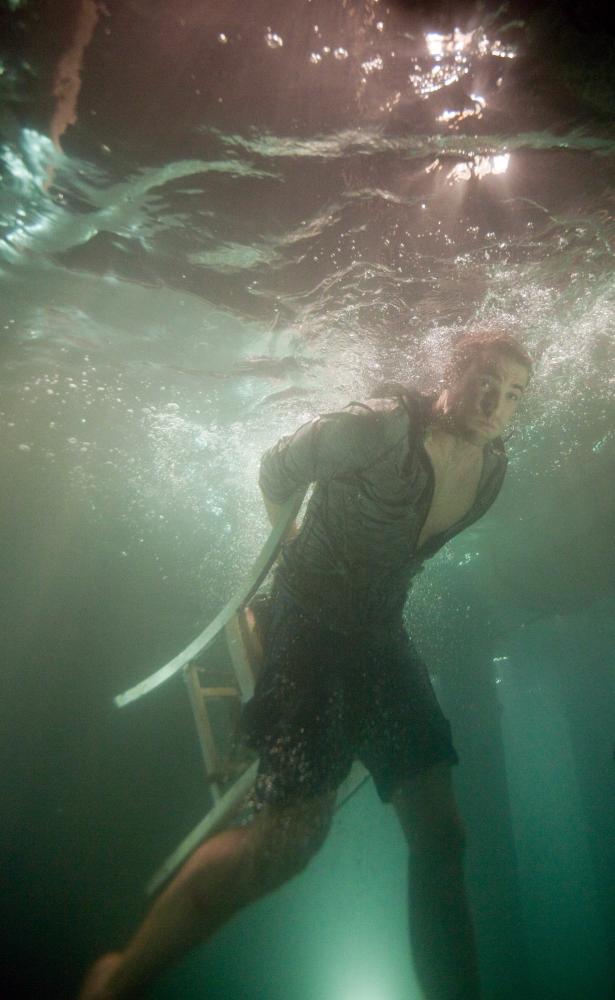 SHARK NIGHT 3D, Dustin Milligan, 2011. ph: Steve Dietl/©Relativity Media