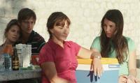 THE SNOWS OF KILIMANJARO, (aka LES NEIGES DU KILIMANDJARO), Ariane Ascaride (front), Anais Demoustier (right), 2011. ©Diaphana Films