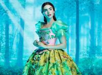 THE BROTHERS GRIMM: SNOW WHITE, Lily Collins, 2012. ©Relativity Media
