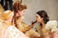 THE BROTHERS GRIMM: SNOW WHITE, from left: Julia Roberts, Lily Collins, 2012. ph: Jan Thijs/©Relativity Media