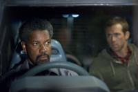 SAFE HOUSE, from left: Denzel Washington, Ryan Reynolds, 2012. ph: Jasin Boland/©Universal Pictures