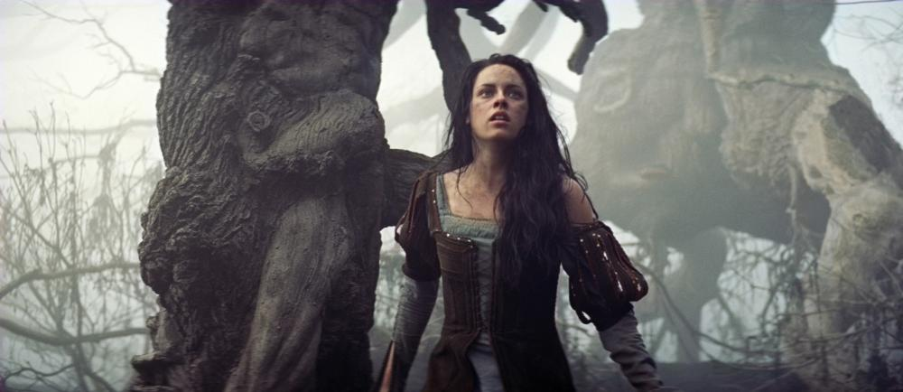 snow white and the huntsman film studies essay View 20th and 21st century spanish literature and cultural studies research papers on academia two us productions -snow white and the huntsman (rupert sanders), mirror, mirror (tarsem singh)- and a spanish while berger's film also has a snow white character playing a non.