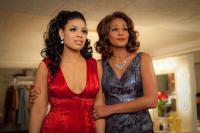 SPARKLE, from left: Jordin Sparks, Whitney Houston, 2012, ph: Alicia Gbur/©TriStar Pictures