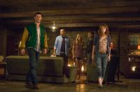 THE CABIN IN THE WOODS, from left: Chris Hemsworth, Jesse Williams, Anna Hutchison, Fran Kranz, Kristen Connolly, 2012. ph: Diyah Pera/©Lionsgate