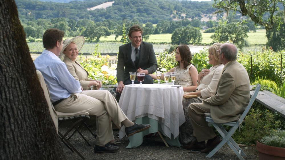 THE FIVE-YEAR ENGAGEMENT, from left: Jim Piddock, Jacki Weaver, Jason Segel, Emily Blunt, Mimi Kennedy, David Paymer, 2012. ph: Glen Wilson/©Universal Pictures