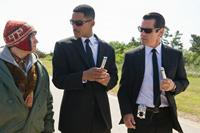 MEN IN BLACK III, from left: Michael Stuhlbarg, Will Smith, Josh Brolin, 2012. ph: Wilson Webb/©Columbia Pictures