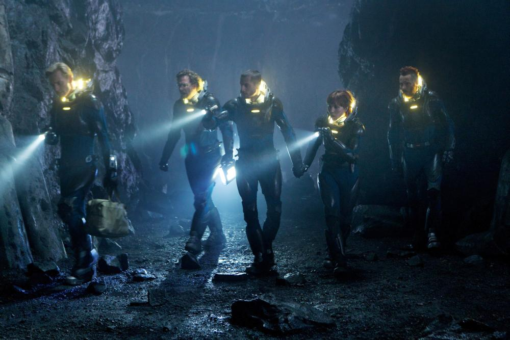 PROMETHEUS, from left: Michael Fassbender, Guy Pearce, Logan Marshall-Green, Noomi Rapace, Sean Harris, 2012. ph: Kerry Brown/TM & copyright ©20th Century Fox Film Corp. All rights reserved