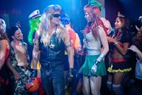 FUN SIZE, Johnny Knoxville (leather vest), Riki Lindhome (green skirt), 2012. ph: Jamie Trueblood/©Paramount