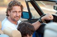 PLAYING FOR KEEPS, (aka PLAYING THE FIELD), from left: Gerard Butler, Noah Lomax, 2012, ph: Dale Robinette/©FilmDistrict