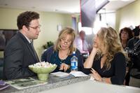 THE GUILT TRIP, from left: Seth Rogen, Barbra Streisand, director Anne Fletcher, on set, 2012. ph: Sam Emerson/©Paramount Pictures