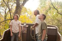 MUD, from left: Tye Sheridan, Matthew McConaughey, Jacob Lofland, 2012. ph: Jim Bridges/©Roadside Attractions