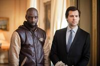 ON THE OTHER SIDE OF THE TRACKS, (aka DE L'AUTRE COTE DU PERIPH), from left: Omar Sy, Laurent Lafitte, 2012. ©Weinstein Company
