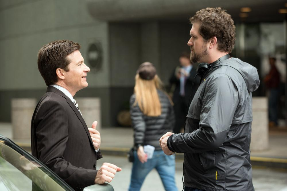 IDENTITY THIEF, from left: Jason Bateman, director Seth Gordon, on set, 2013. ph: Bob Mahoney/©Universal